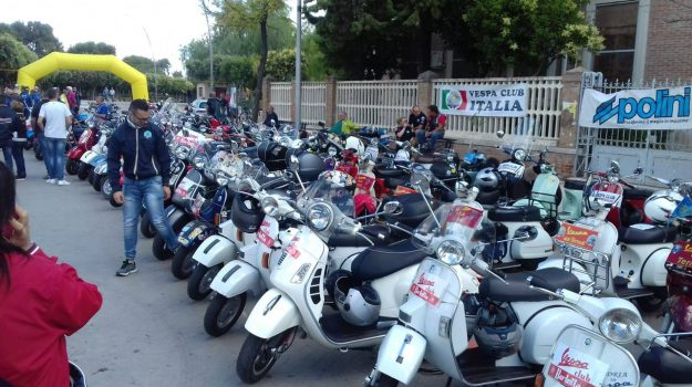 vespa club lamezia, Catanzaro, Calabria, Società