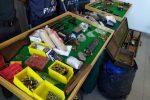 """Armi, droga e 250 carte d'identità """"in bianco"""" nei capannoni di Gabella: 3 arresti a Crotone - Video"""