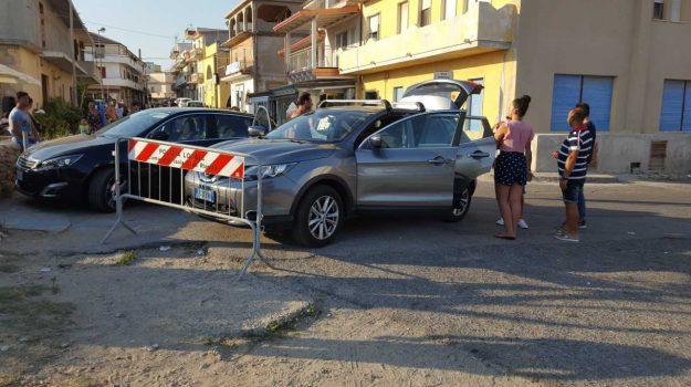 anziana in auto sotto il sole, denunciata tutrice romena, Catanzaro, Calabria, Cronaca