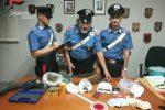 Tenevano droga in un casolare in campagna, arrestati due giovani a Belvedere Marittimo