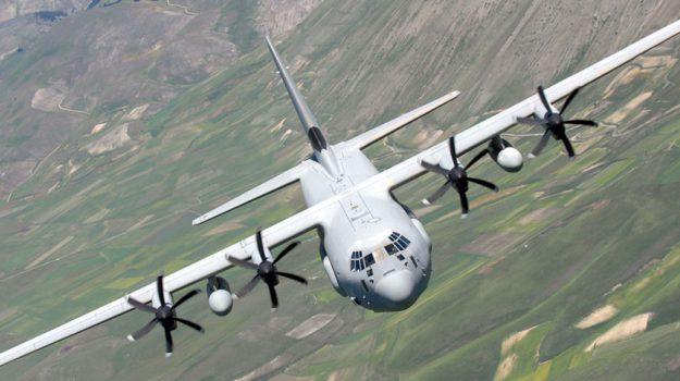 aereo militare, bambina, mileto, Catanzaro, Calabria, Cronaca
