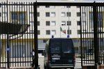 """Il carcere come """"call center"""", i detenuti di Augusta avevano 14 telefonini"""