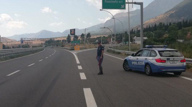 autostrada contromano, frascineto, patente ritirata, Cosenza, Calabria, Cronaca