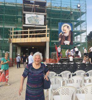 Carlo Verdone ad Anzio, raccolta fondi per la Casa Pediatrica Oncologica - Cittadella di Padre Pio di Drapia