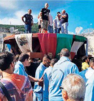 """Palmi, con la """"calata d'u Cippu"""" parte il conto alla rovescia per la festa della Varia"""