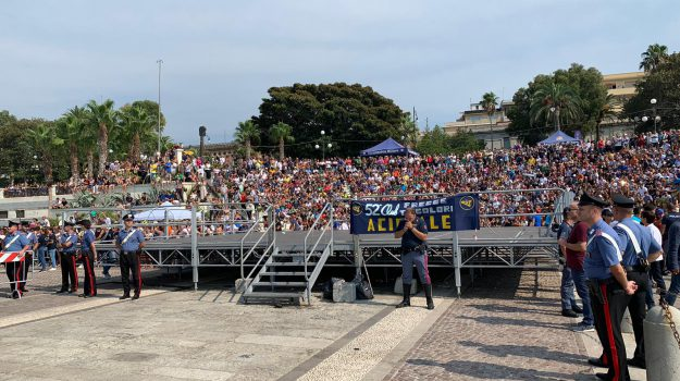 Al via il Reggio Air Show 2019, in migliaia sul lungomare per le Frecce Tricolori - Foto