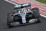 F1, Hamilton beffa Verstappen nel finale e vince il Gp d'Ungheria. Terzo Vettel