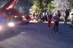 Operai morti nell'incidente di Longobucco: lutto cittadino, sospese le attività estive - Foto