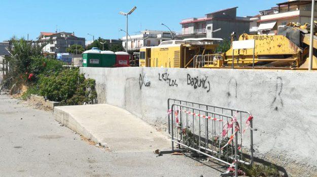 fuscaldo, incidente sul lavoro, monasterace, Reggio, Calabria, Cronaca