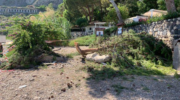 crollo ramo isola bella, taormina, Messina, Sicilia, Cronaca