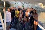 Rifiuti, sub e volontari puliscono i fondali e la costa di Lampedusa