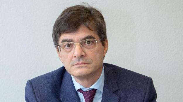 flat tax, reddito di cittadinanza, Danilo Toninelli, Lorenzo Fioramonti, Sicilia, Editoriali