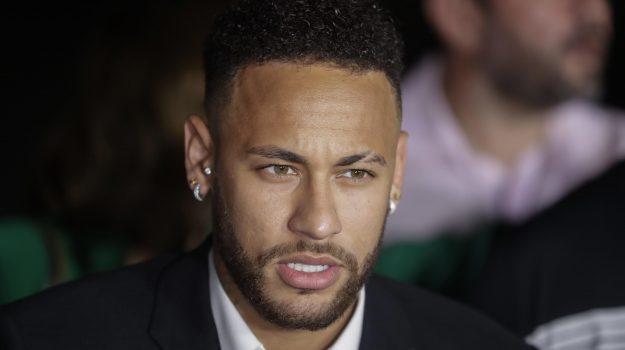 stupro neymar, Neymar, Sicilia, Sport