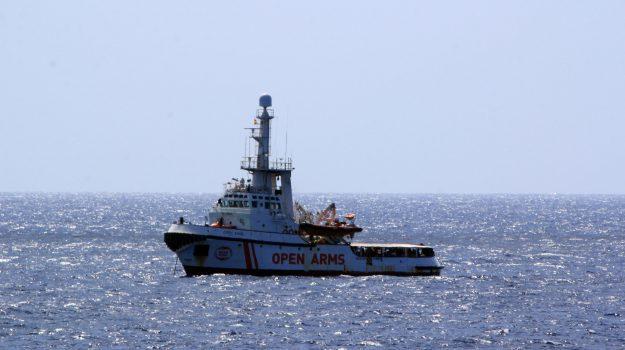 migranti, open arms, Sicilia, Mondo