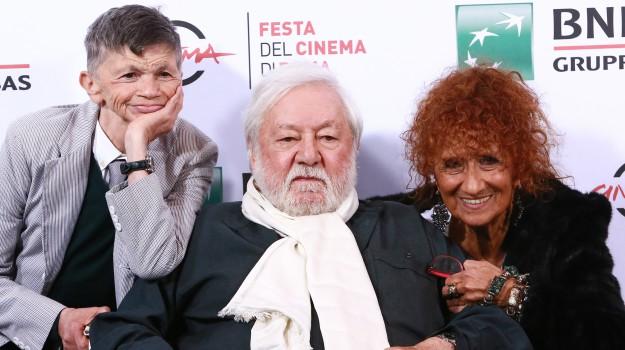 cinema, Anna Mazzamauro, Paolo Villaggio, Sicilia, Società