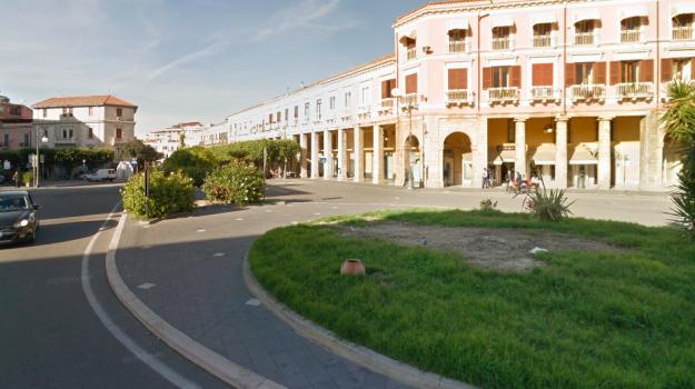 isola pedonale crotone, piazza pitagora, Nino Crugliano, Catanzaro, Calabria, Cronaca