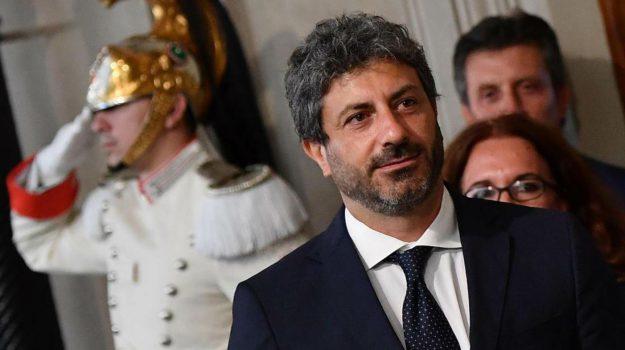crisi, governo, premier, Roberto Fico, Sicilia, Politica