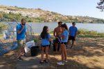 """""""Siamo tutti nella stessa barca"""", i volontari di Messina ripuliscono il Lago di Ganzirri - Foto"""