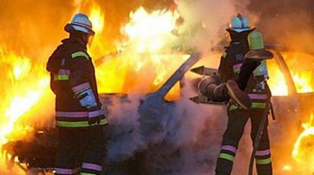 incendio auto, intimidazione imprenditore Fabrizia, Catanzaro, Calabria, Cronaca