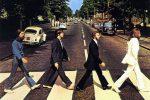 Beatles, compie 50 anni l'iconica foto sulle strisce di Abbey Road