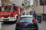 Tir colpisce un balcone, traffico in tilt a Pizzo