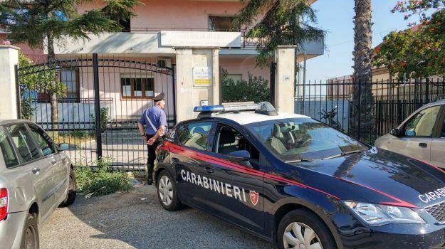 crotone, furti, Catanzaro, Calabria, Cronaca