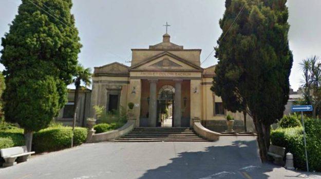 cimitero, vibo, Catanzaro, Calabria, Cronaca