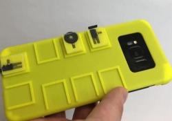 Con questa cover lo smartphone torna ad avere i tasti fisici Il progetto è stato portato avanti da Snap e dalla Columbia University - Corriere Tv