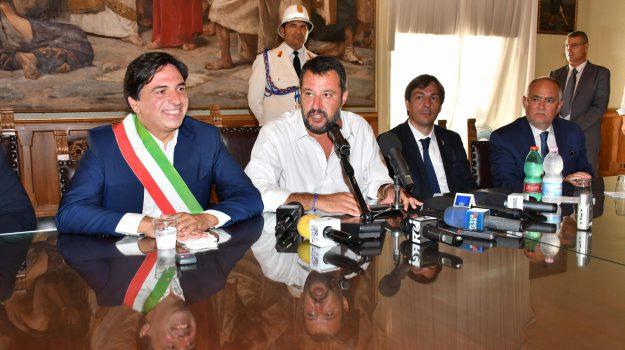 lega, reddito di cittadinanza, salvini catania, Matteo Salvini, Salvo Pogliese, Sicilia, Politica