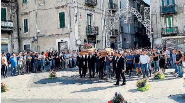 incidenti, longobucco, Salvatore Perri, Serafino Curcio, Cosenza, Calabria, Archivio