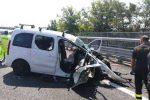 L'auto coinvolta nell'incidente (foto salerno.occhionotizie.it)