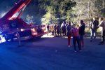 Auto con sei persone a bordo finisce in una scarpata, due morti e quattro feriti a Longobucco