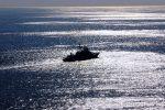 Tragedia al largo della Normandia, barca si ribalta nella Manica: morti 3 bambini