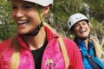 Michelle Hunziker in montagna: raccoglie una stella alpina e scatena l'ira social
