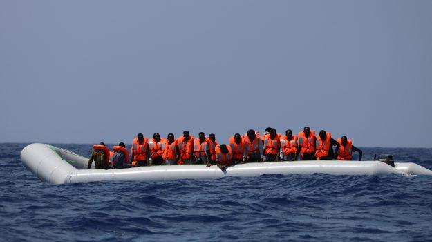 migranti, Ocean Viking, Matteo Salvini, Sicilia, Cronaca