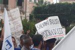Salvini in tour al Sud contro il partito del non voto, ma in Sicilia cresce la protesta