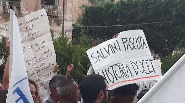 crisi governo, salvini sicilia, Beppe Grillo, Matteo Renzi, Matteo Salvini, Sicilia, Politica