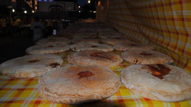 sagra da pitta chjna, san costantino calabro, Catanzaro, Calabria, Società