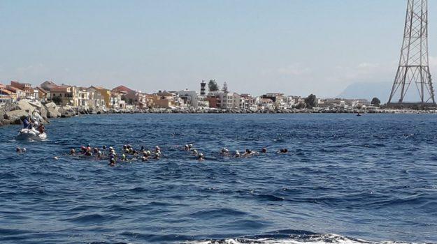 stretto di messina, Swim for Parkinson, traversata, Messina, Cronaca