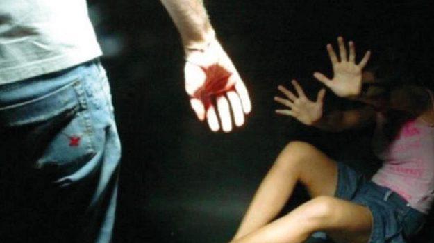 incinta, patti, polizia, ubriaco, Messina, Sicilia, Cronaca
