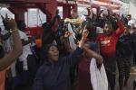 Migranti: Ue coordina trasferimenti per Ocean Viking