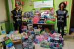 Vestiti, scarpe e giocattoli pericolosi: a Milazzo maxi sequestro in un negozio cinese