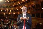 """Andrea Tarabbia vince il premio Campiello con """"Madrigale senza suono"""""""