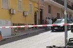 Anziano trovato morto in casa a Terrasini, forse un omicidio dopo una tentata rapina - Video