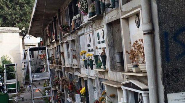 cimiteri Reggio, commemorazione dei defunti, viabilità Reggio, Giuseppe Falcomatà, Giuseppe Fiorini Morosini, rocco albanese, Reggio, Calabria, Cronaca