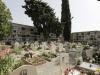 Degrado al cimitero di Catanzaro, loculi dei bambini a contatto con l'acqua piovana