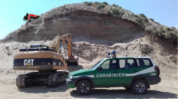 escavazione abusiva Sersale, sequestro Sersale, Catanzaro, Calabria, Cronaca