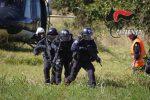 Tsunami ed evasione, a Parghelia l'esercitazione del 14esimo Battaglione dei Carabinieri - Foto