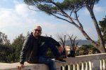 Sbalzato fuori dall'abitacolo e investito da un bus, morto in un incidente a Roma 44enne di Lamezia