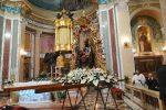 In migliaia per rendere omaggio alla Vergine Nera del Tindari - Foto